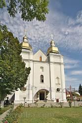 Костел Успіння Богородиці монастиря кармелітів у Теребовлі