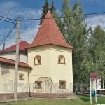 Теребовля. Оборонна вежа монастиря кармелітів
