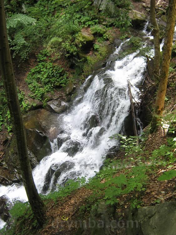 Водоспад Шипіт біля підніжжя Боржави