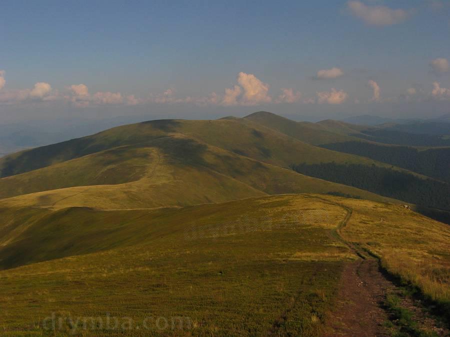 Боржава. Вид із Великого Верху на Гимбу і Магуру