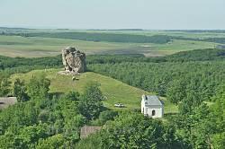 Підкамінь. Вид на Камінь із монастиря