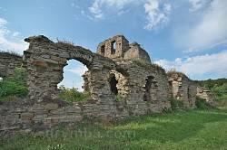 Василіянський монастир у Підгорі. Руїни келій
