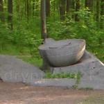 """Пам'ятний знак """"Склик"""" у Холодному Яру"""