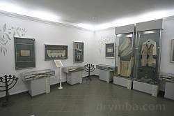 Зал музею караїмської культури