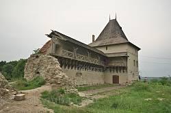 Башня и фрагмент стены Галицкого замка