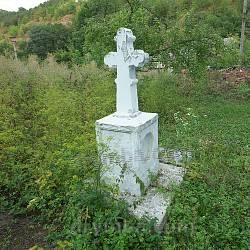 Давній хрест