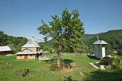 Загальний вигляд території храму
