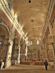 Костел Пресвятої Трійці у Олиці. Інтер'єр