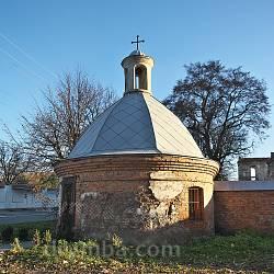 Олыка. Угловая башня-часовня костела