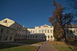 Навчальні корпуси Острозької академії