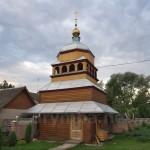 Нижнів. Дерев'яна дзвіниця церкви Введення у Храм Пречистої Діви Марії