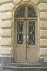 Двері бічного фасаду