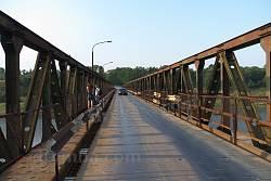 Незвиско. Автомобильный мост