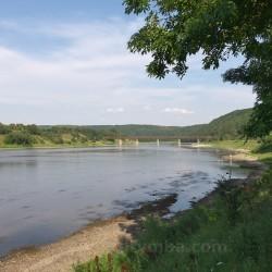 Міст у Незвиську. Вид з туристичної стоянки