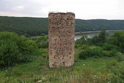 Раковецький замок над Дністром