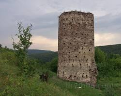 Раковецький замок. Вціліла башта