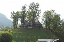 Вид на Струківську церкву з долини