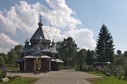 Общий вид церкви и колокольни