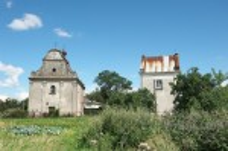 Костел Пресвятой Троицы и колокольня в Любомле