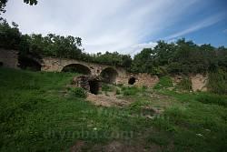 Барское имение в Луке, каменный мост и пещера