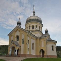 Церковь Перенесения мощей св.Николая (с.Гарасимов, Ивано-Франковская обл.)