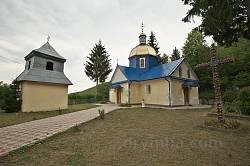 Касперівці. Церква св. Параскеви з дзвіницею