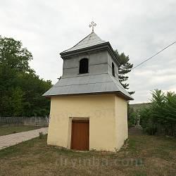 Колокольня церкви Успения Богородицы