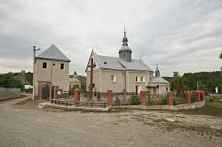 Пищатинці. Церква св. Архистратига Михаїла з дзвіницею