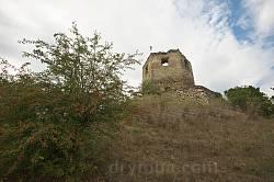 Крутой склон замковой горы