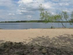 Озеро Лука. Песчаный пляж