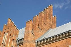 Декор на даху костелу