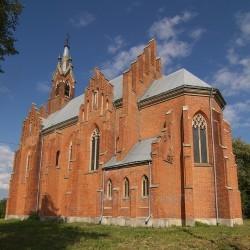 Костел св.Анни у селі Озеряни
