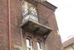 Балкон з боку вул. Гіпсової