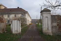Бывшие ворота бернардинского монастыря