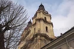 Вежі храму