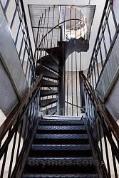 Лестницы на верхние ярусы