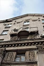 Будинки зведені у 1952 - 54 роках