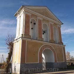 Надвратная колокольня церкви Воздвижения Честного Креста