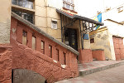 Лестницы и кованый козырек