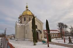 Церква св. Архангела Михаїла у селі Розваж