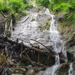 Водоспад Дзеркальний