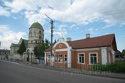 Старый дом возле костела